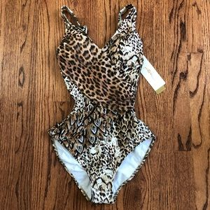 NWT Gottex Leopard One Piece Swimsuit